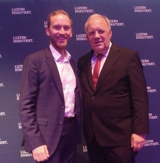 Zusammen mit a. BR Johann Schneider-Ammann